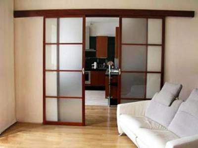 Красивые, раздвижные двери для залы.